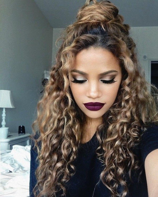 Long Naturally Curly Hairstyles