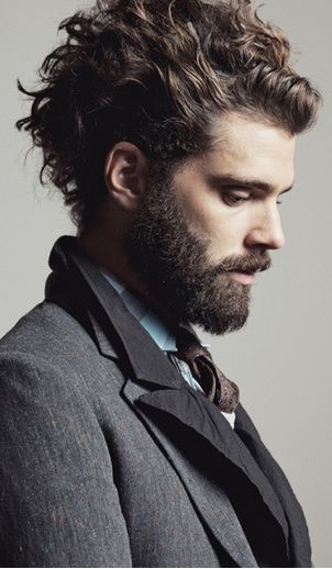 wavy hairstyle for men