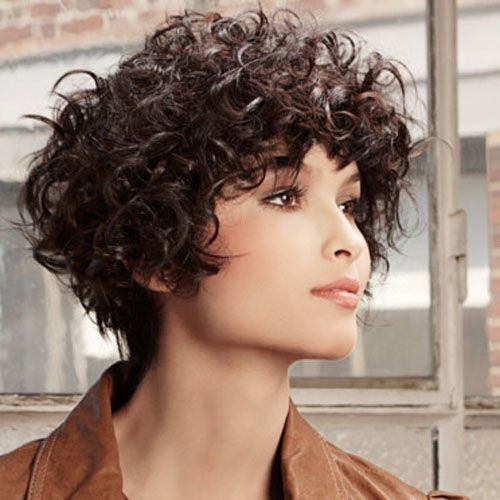 Short Hairstyles For Curly Hair Women 6